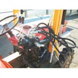 Chargeur frontal 'Liderfarm' petit tracteur